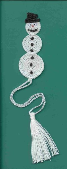 FREE Snowman Bookmark pattern