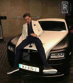 Instagram media by a001aa199 - Rolls Royce Ghost @lilkleine #rollsroyce #rollsroycewraith #rollsroyceghost #rollsroycedawn #rollsroycephantom #rollsroycecenturion #phantom #wraith #ghost #dawn #rr #drophead #a001aa199 #роллсройс #dubai #photo #car #carstagram #carinstagram #mansory #wald #centurion #russia #bentley #lasvegas #versace #bentayga #billionaire #road