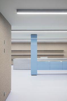 Retail Store Design, Retail Shop, Retail Displays, Shop Displays, Merchandising Displays, Window Displays, Aarhus, Bar Interior, Interior Decorating