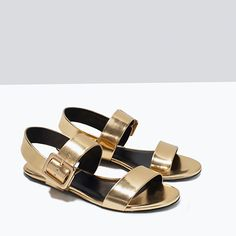 Love these simple gold sandals