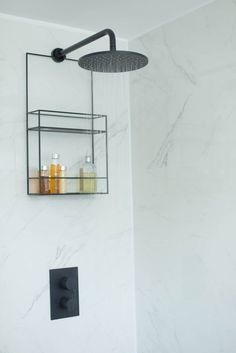12 Shower Storage Ideas to Marie Kondo Your Bathroom From open shelving to floating ledges, there are plenty of ways to keep your space in order. Here are 12 shower storage ideas that will keep your Aesop addiction looking neat. Bathroom Tray, Bathroom Storage, Small Bathroom, Modern Bathroom, Bathroom Black, Bathroom Ideas, Concrete Bathroom, Bathroom Faucets, Porcelain Marble Bathroom