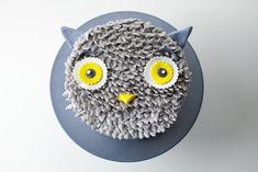 DIY Gray Owl Cake Tutorial