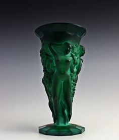 Pazourek/heinrich Hoffman The Great Grape Harvest Reasonable Bohemian Art Deco Vase By F