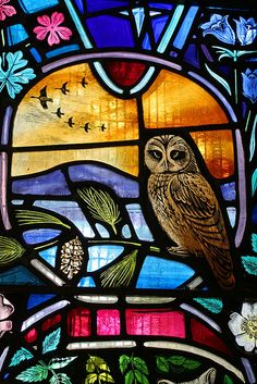 Part of a stained glass window depicting local wildlife at the southern entrance of Dornoch Cathedral. time to start painting on glass! Leaded Glass, Stained Glass Art, Stained Glass Windows, Mosaic Art, Mosaic Glass, Mosaics, L'art Du Vitrail, Window Design, Colored Glass