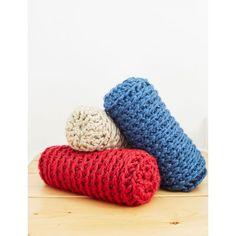 Bulky Bolster | Yarnspirations | Home Decor | Crochet | New Pattern | Free Pattern