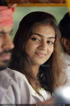 Nazriya Nazim in Om Shanti Oshana Bollywood Actress Hot Photos, Tamil Actress Photos, Beautiful Bollywood Actress, Indian Film Actress, South Actress, South Indian Actress, Prettiest Actresses, Beautiful Actresses, Sai Pallavi Hd Images