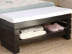 Nice Idea For Bedroom Bench Design