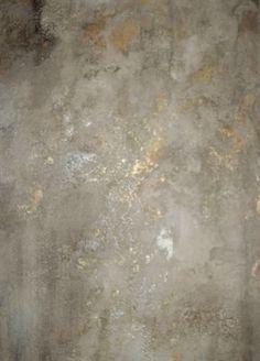 Crackled plaster over gold foil