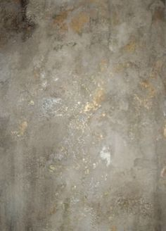 Crackled plaster over gold foil