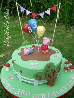 Peppa Pig is actually a British preschool computer animated tv sequence led Tortas Peppa Pig, Bolo Da Peppa Pig, Cumple Peppa Pig, Peppa Pig Birthday Cake, Birthday Cake Girls, 3rd Birthday, George Pig Cake, Peppa E George, George Pig Party