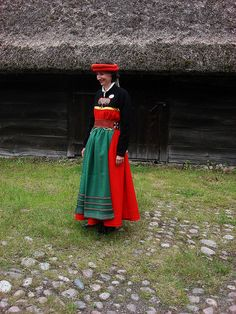 Swedish folk costume by lilou_2006, via Flickr