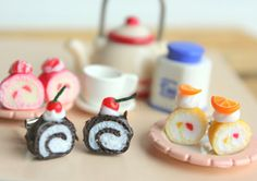 Sweet Cake Earrings Swissroll -Cream Cake
