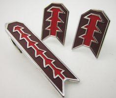 Rad Vintage Cufflinks Abstract Arrow Design  by LadyandLibrarian