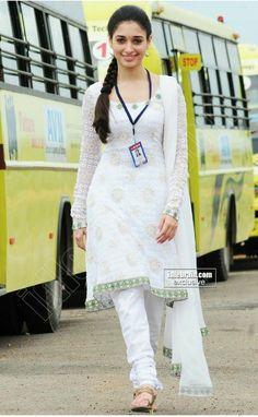 Tamannaah Bhatia HD Images: Indian Actress Sexy Tamanna Best Pictures and Wallpapers Indian Actress Images, South Indian Actress, Beautiful Indian Actress, Beautiful Actresses, Indian Actresses, Shraddha Kapoor Instagram, Tamanna Hot Images, Anushka Photos, Glamour Ladies