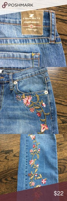 """Z. Cavaricci Floral Embroidered Stitch Size 8 Z. Cavaricci Floral Embroidered Jeans  Super Nice!  Color Blue Made in Hong Kong  RN# 53922 CA 34551                                                             Style # M300-5680 96% Cotton 4% Spandex SIZE 8 WAIST 30""""  RISE 9"""" INSEAM 32"""" CONDITION: Good Used Condition Great Brand. Will Ship Immediately. Z. Cavaricci Jeans Flare & Wide Leg"""