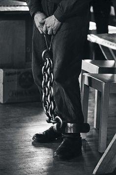 Tulilahden surmista epäilty Runar Holmström 1960.  Kuva Caj Bremer. The 100, Photographers, Boots, Art, Crotch Boots, Heeled Boots, Shoe Boot, Kunst, Art Education