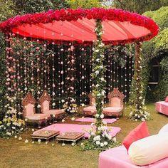 Wedding Hall Decorations, Desi Wedding Decor, Luxury Wedding Decor, Marriage Decoration, Wedding Mandap, Stage Decoration For Wedding, Wedding Receptions, Wedding Ideas, Wedding Bride