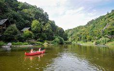 Fotogalerie: Zalesněné údolí pod Žampachem