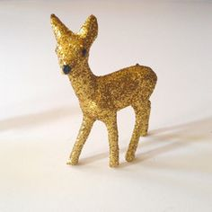GLiTTER FAWN - GOLD, so can't wait to do this for my room, super cheap and easy, pfft. 10.50 as IF