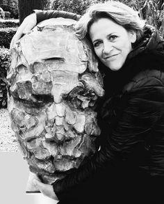 Ma Parole de hauteur -sculpture en bronze - by catherine Thiry Ceramic Studio, Jon Snow, Bronze, Awesome, Fictional Characters, Sculptures, Contemporary Art, Artists, Flower