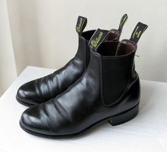 Vintage 80s R.M. Williams Aussie Womens Black Leather Chelsea Boots, Ankle Bootie, Size 6.5 - 7, Australia, Pull On Short Riding Work Boots