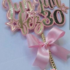 3d Paper, Paper Crafts, Paper Flowers Diy, Cupcake Toppers, Cricut, Birthday, Creative, Personalized Balloons, Birthday Cake Decorating