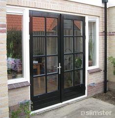 Tuindeur voorbeelden, ideeën & inspiratie | Tuindeuren.com Outdoor Decor, House, Interior, Home, Garage Doors, New Homes, Interior Design, Exterior, Doors