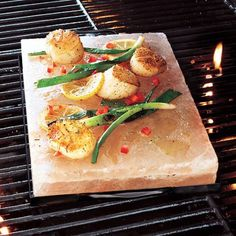 Recipes | Salt Block Scallops with Fresh Mango-Cilantro Relish | Sur La Table