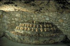 Várbarlang - Budapest Barlangok Budapest Guide, Interior Photo, Caves, Dieselpunk, Spas, Mineral, Galleries, Stone, Image