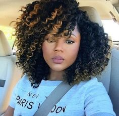 Crochet braids hairstyles Crochet braids have become a huge trend in the past few years. Take a look at these 70 inspiring and super trendy crochet braids hairstyles! Curly Crochet Hair Styles, Curly Hair Styles, Crochet With Human Hair, Crochet Braids Hairstyles Curls, Ombre Crochet Braids, Crochet Braid Pattern, Crochet Braid Styles, Curl Pattern, My Hairstyle
