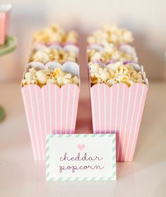 Popcorn in pink popcorn boxes // Ballerina Party Ideas Pyjamas Party, Pj Party, Sleepover Party, Slumber Parties, Party Time, Ballerina Party, Ballerina Birthday Parties, Flamingo Party, Princesse Party