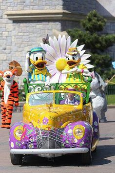 Swing into Spring! Disneyland Paris