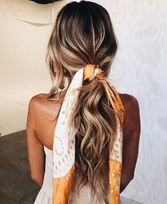 The Sleep Styler® is a brand new way to dry and style your hair while you sleep! Curl your hair without any heat! Scarf Hairstyles, Pretty Hairstyles, Braided Hairstyles, Hairstyle Ideas, Summer Hairstyles, Casual Hairstyles, Wedding Hairstyles, Latest Hairstyles, Boho Hairstyles For Long Hair