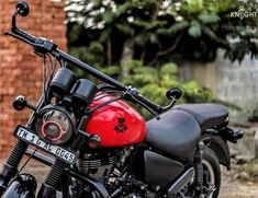 Fitness gift ideas [for beginners and freaks] Royal Enfield Thunderbird Modified, Royal Enfield Modified, Enfield Motorcycle, Motorcycle Style, Motorcycle Couple, Royal Enfield Classic 350cc, Bmx Bikes For Sale, Bullet Bike Royal Enfield, View Wallpaper