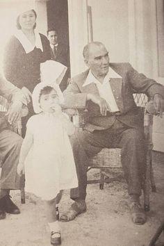 14 Fotoğrafla Türk Çocuğunun En Büyük Dostu Atatürk – MustafaKemâlim
