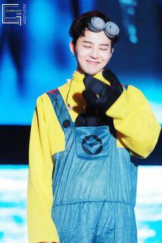 G-Dragon fue castigado por sus compañeros por perder un juego y tuvo que usar una variedad de trajes como castigo ~ Viajando por el mundo POP - Espacio Kpop