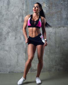 Рубрика #нашаМаша  а так же всем у кого есть офииииигеннные  ноги вам к нам !!!  ttfy.ru или всегда можно перейти по активной ссылке в профиле аккаунта ! #sportsgirl#sportday#спортсмен#sportygirl#спортивный#жизньхороша#fitnes#fitnesslife#fitnessgirls#fitnessmodels#fitnessgirl#здоровоетело#фигура#красивыеноги#ttfy#tttfyofficial