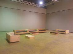 Minimal (but amazing) wooden furniture