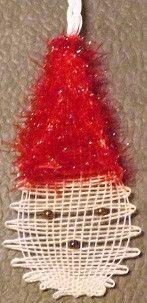 Une tête de Noël pour la déco de Noël en dentelle aux fuseaux                                                                                                                                                                                 Plus