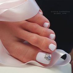 Red acrylic nails will attract much attention to your manicure and hands. Check out these nail art ideas and pick the one for your next mani. Pretty Toe Nails, Cute Toe Nails, Pretty Toes, Toe Nails White, White Toes, Beautiful Toes, Toe Nail Color, Toe Nail Art, Gel Nail