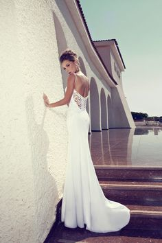 Julie Vino Wedding Gown / Winter Collection