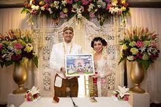Pernikahan Percampuran Tiga Budaya ala Yuvie dan Ershad -