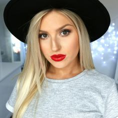 New video every Monday, Wednesday and Friday! :) I'm Shannon and I'm a total Beauty junkie! I am from New Zealand and live in Palmerston North with my Boyfri...