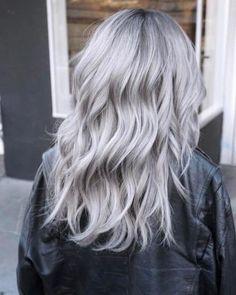 Grey Hair Wig, Silver Blonde Hair, Icy Blonde, Hair Color Gray Silver, Platinum Blonde, Silver Platinum Hair, Emo Hair, Gray Color, Coiffure Hair
