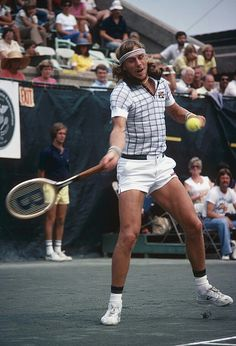 Bjorn Borg in Nylites Tennis Rules, Tennis Gear, Tennis Clothes, Muscles In Your Back, Jimmy Connors, Tennis Legends, Tennis Accessories, Tennis World, Vintage Tennis