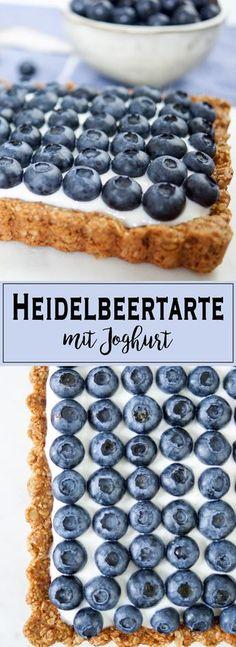 Blaubeer Tarte mit Joghurt (glutenfrei) This blueberry tart is a healthy and simple dessert full of flavors. With Greek yogurt.