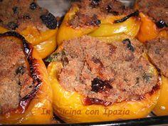 peperoni ripieni di pane Italian Cooking, Antipasto, Meatloaf, Salad Recipes, Food And Drink, Appetizers, Tasty, Vegan, Vegetables