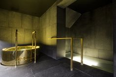 W Away Spa Amsterdam - Ice bath and Fire bath Designed by: BK Architects Engineered and built by: 4SeasonsSpa
