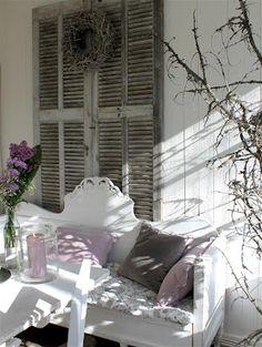 Gustavian bench / Wanilla Rose