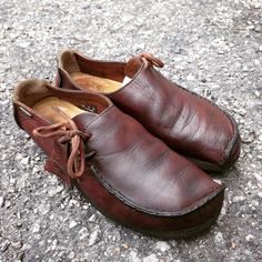 Clarks Originals Lugger brown leather. Made in vietnam